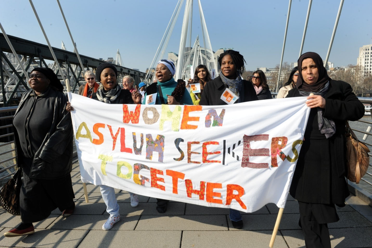 women-asylum-seekers-together